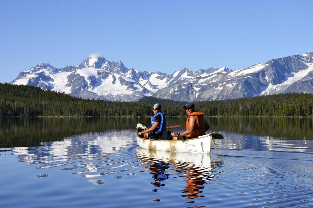 Canoeing in the wilderness of the Cariboo Chilcotin Coast